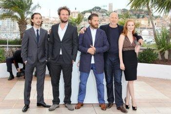 Shia LaBeouf, Jason Clarke, Tom Hardy, il regista John Hillcoat e Jessica Chastain a Cannes