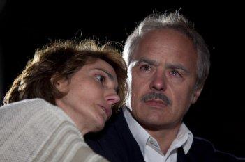 I 57 giorni: Luca Zingaretti in una scena con Lorenza Indovina