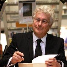 Lo scrittore Ken Follett