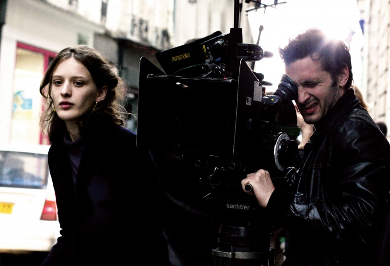 Un Amore Di Gioventu La Regista Mia Hansen Love Sul Set Del Film 241650