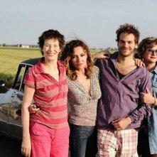 Adorabili amiche: Jane Birkin, Caroline Cellier, Sébastien Huberdeau e Catherine Jacob in una foto promozionale