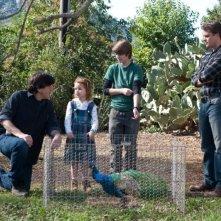 Cameron Crowe e Matt Damon sul set de La mia vita è uno zoo con i piccoli Colin Ford e Maggie Elizabeth Jones
