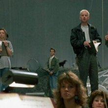 Coralina Cataldi-Tassoni (a sinistra voltata) con Ian Charleson e William McNamara nel film Opera