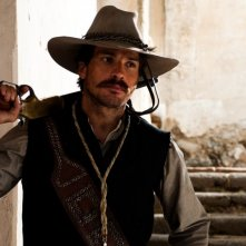 For Greater Glory: Santiago Cabrera in una scena