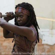 The Walking Dead: Danai Gurria in una prima foto nei panni di Michonne