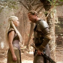 Game of Thrones: Emilia Clarke ed Iain Glen nell'episodio The Prince of Winterfell