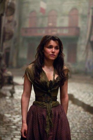 Les Misérables: Samantha Barks in una scena del film