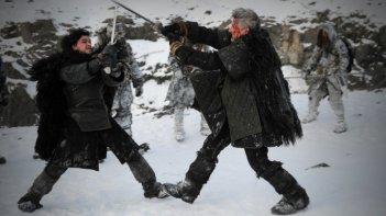 Game of Thrones: Kit Harington in una scena dell'episodio Valar Morghulis