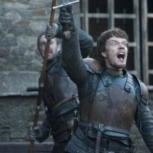 Game of Thrones: Alfie Allen nell'episodio Valar Morghulis