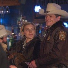 Longmire: Katee Sackhoff e Bailey Chase nell'episodio The Dark Road