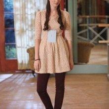 Bunheads: Emma Dumont in una scena della serie