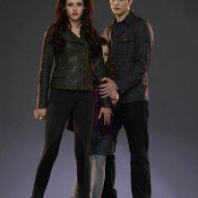 La famiglia Cullen al completo: Robert Pattinson, Kristen Stewart e la loro figlioletta Mackenzie Foy