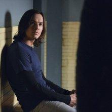 Pretty Little Liars: Tyler Blackburn nell'episodio Blood Is the New Black