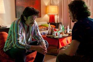 Le belve: Benicio Del Toro e Aaron Johnson in una scena del nuovo film di Oliver Stone