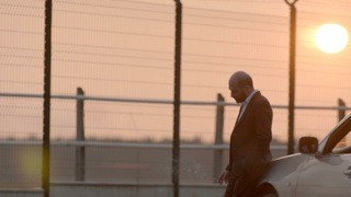 Sebastiano Filocamo in una sequenza 'Tutti i rumori del mare' di Federico Brugia