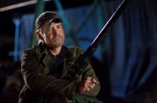 Falling Skies: Will Patton in un'immagine dell'episodio Shall We Gather at the River