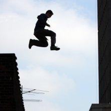 Freerunner - Corri o Muori: una scena di 'volo' del film