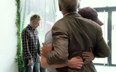 Trailer - Klovn: The Movie