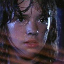 Una giovanissima Asia Argento in una scena di Demoni 2.