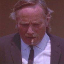 Le Iene: Edward Bunker nei panni di Mr. Blue in una scena del film