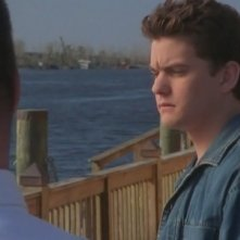 Joshua Jackson in un momento dell'episodio Addio Joey della serie Dawson's Creek