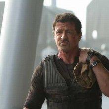 Sylvester Stallone nei panni di Barney Ross in una scena de I mercenari 2