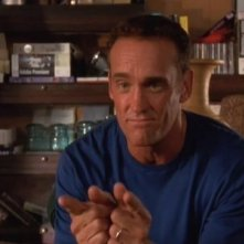 John Wesley Shipp nell'episodio La confraternita della serie Dawson's Creek