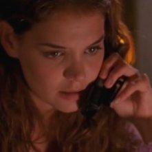 Katie Holmes nell'episodio Quelli di Boston della serie tv Dawson's Creek