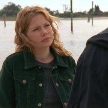 Michelle Williams in una scena dell'episodio Grazie, Dawson della serie tv Dawson's Creek