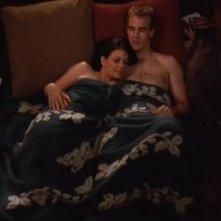 Meredith Salenger e James van Der Beek nell'episodio Attrazione pericolosa della serie Dawson's Creek