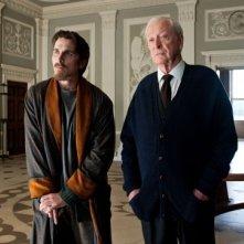 Christian Bale e Michael Caine in una scena di Il cavaliere oscuro - Il ritorno