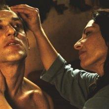 Reality: Loredana Simioli e Aniello Arena in un momento del film