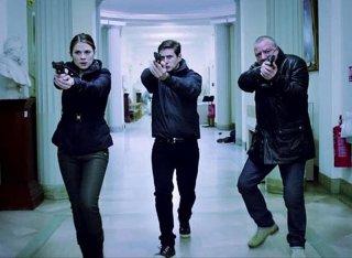 The Sweeney: i protagonisti Ray Winstone, Hayley Atwell e Allen Leech in una scena