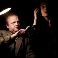 Berberian Sound Studio: il protagonsita Toby Jones in una scena del film con Fatma Mohamed