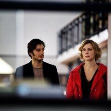 La scoperta dell'alba: Lino Guanciale e Margherita Buy in una scena