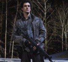 Falling Skies: un'immagine di Drew Roy nell'episodio Ritorno a casa