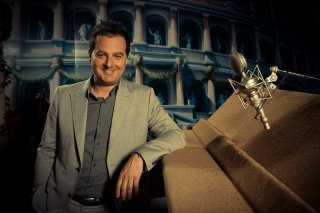 Gladiatori di Roma: il regista Iginio Straffi in una foto promozionale in sala doppiaggio