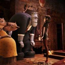 Hotel Transylvania: Mavis parla con i suoi amici mostri in una scena del film