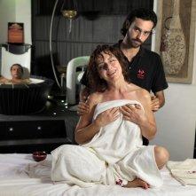 Come non detto: Monica Guerritore durante un massaggio benefico in una scena del film