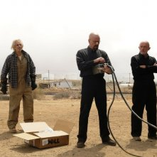 Breaking Bad: Larry Hankin, Aaron Paul e Bryan Cranston nell'episodio Live Free or Die