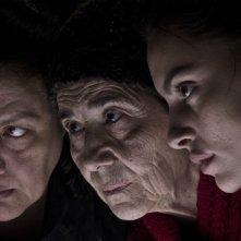 La città ideale: Catrinel Marlon con Aida Burruano, mamma del regista e interprete Luigi Lo Cascio, in una scena del film