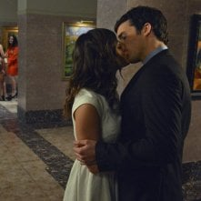 Pretty Little Liars: Lucy Hale ed Ian Harding nell'episodio Stolen Kisses