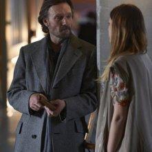 Alphas: Patrick Garrow e Sarah Manninen nell'episodio Alpha Dogs