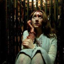 Saoirse Ronan insanguinata in una scena del vampire movie Byzantium