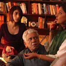 Shabana Azmi e Om Puri in una scena di The Reluctant Fundamentalist