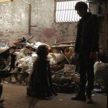 Pietà: i protagonisti Jo Min-su e Lee Jung-jin in una scena del film