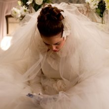 Fill the Void: Hadas Yaron in abito da sposa in una scena tratta dal film
