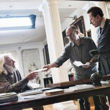 Giuseppe Tornatore con Geoffrey Rush e Donald Sutherland sul set del film La migliore offerta (2013)