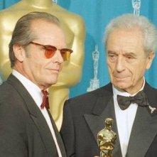 Michelangelo Antonioni - premiato con l'Oscar alla carriera nel '95 - accanto a Jack Nicholson.