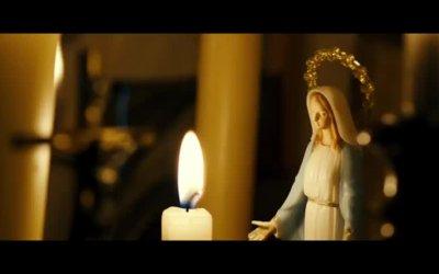 Trailer - Die Kirche bleibt im Dorf